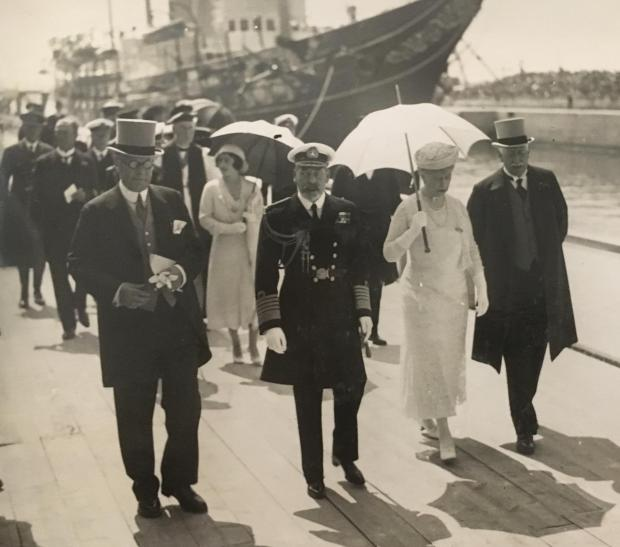 King George V and Queen Mary ahead of the opening of the King George V Graving Dock at Southampton on 26 July 1933. Photo courtesy of the Daily Echo: https://www.dailyecho.co.uk/news/17445146.do-you-remember-king-george-v-dry-dock/